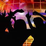Čas firemních večírků je tady! Zajistěte si perfektní ozvučení a osvětlení své akce!