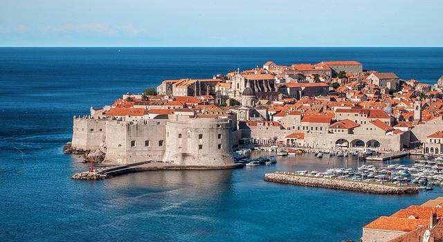 Dovolená v Chorvatsku je ideální volbou pro milovníky romantiky i tradicionalisty