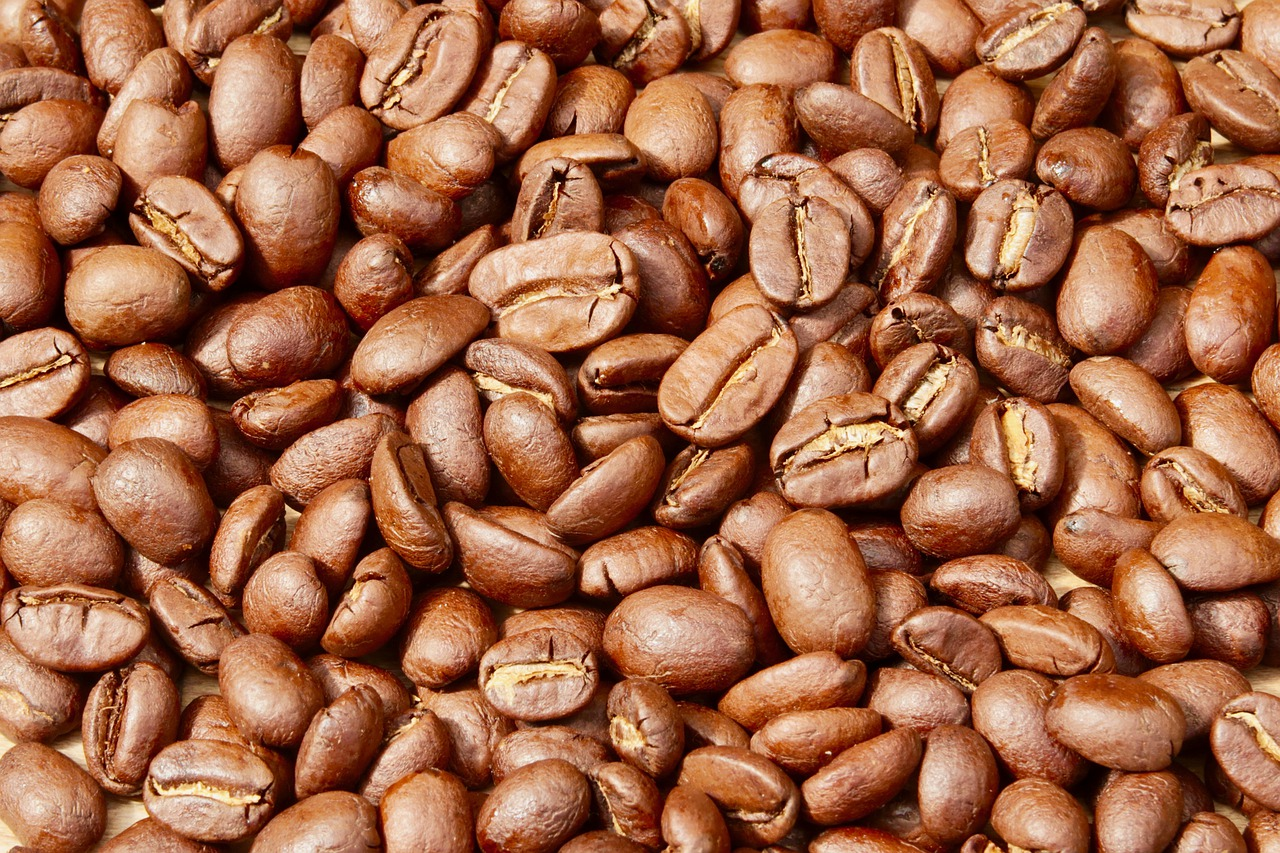 Coffee Roasting Coffee Beans Cafe  - Fritz_the_Cat / Pixabay