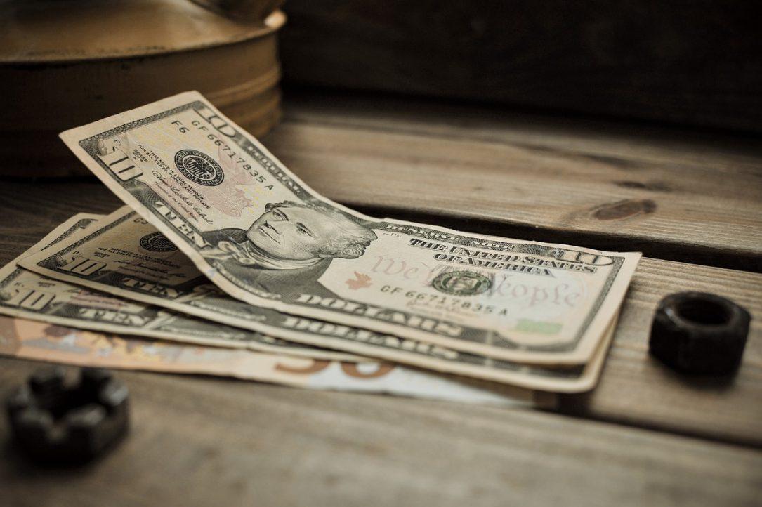 Dollar Background Finances Euro  - Baklan_Jones / Pixabay