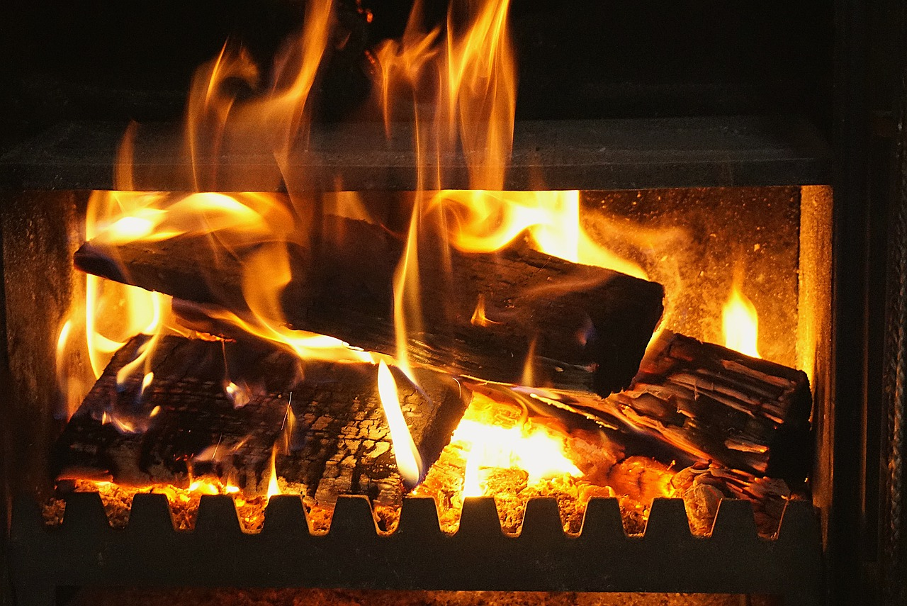 Fireplace Fire The Flame Censer  - Nowaja / Pixabay