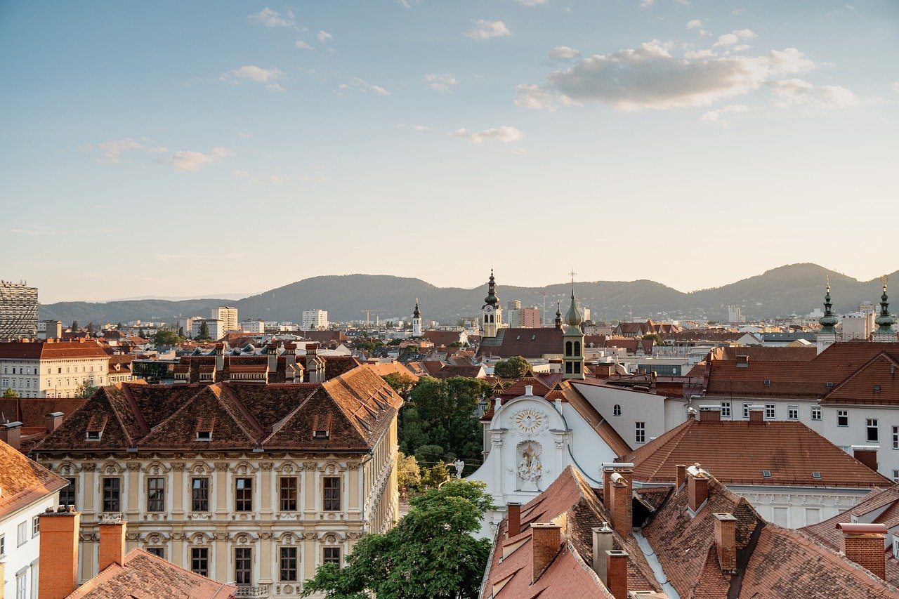 Austria Graz City Buildings Skyline  - juergen-polle / Pixabay
