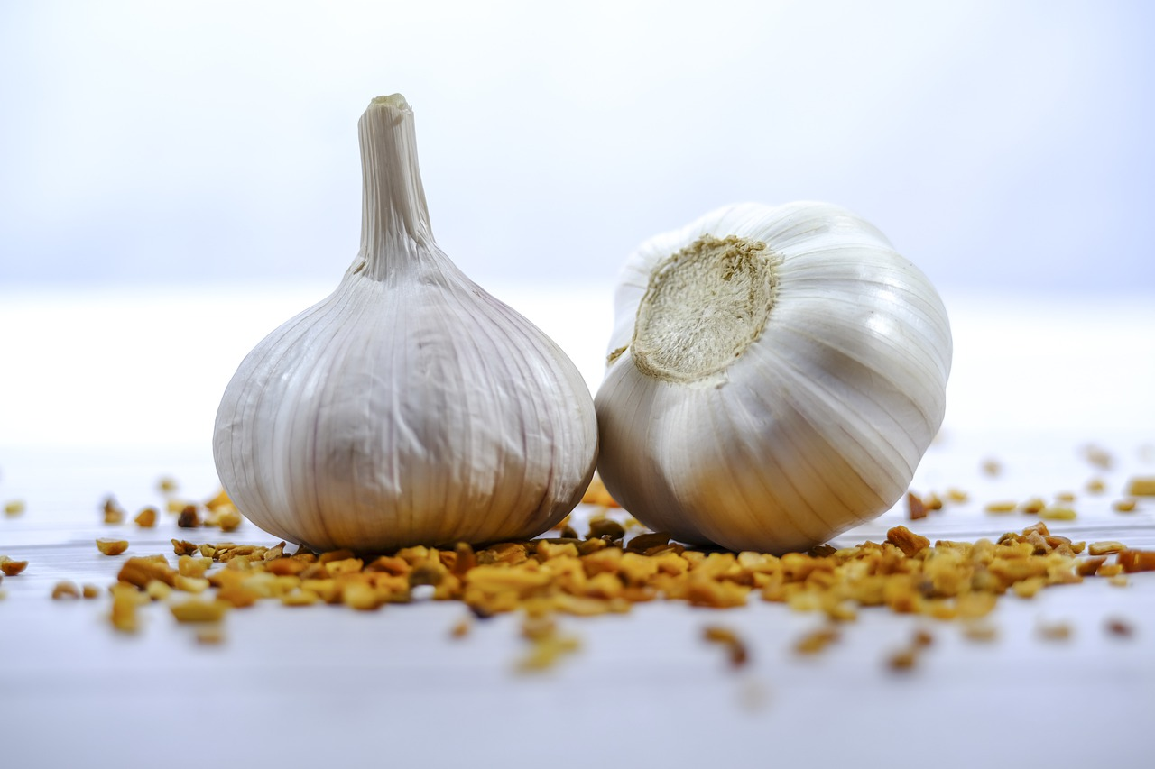 Garlic Ingredient Flavor Food  - lesterjamesuagum / Pixabay